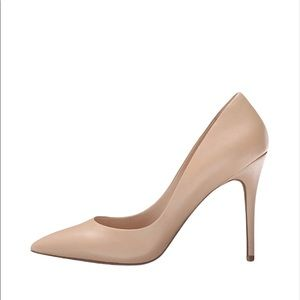 """NWOT Charles by Charles David The """"Pact"""" Pump/Nude"""